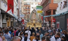 La Virgen del Rosario de El Palo se reencuentra con sus devotos