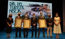 El exministro Ruiz-Gallardón y Luis Planas, nombrados Turistas de Honor de Nerja