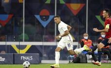La UEFA propone cambiar el fuera de juego tras el polémico gol de Mbappé a España