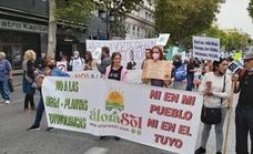 Malagueños se manifiestan en Madrid contra los megaparques solares
