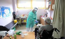 Sube la tasa de contagios de Covid en cinco de los seis distritos sanitarios de Málaga