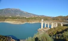 La Diputación proyecta la restauración medioambiental del entorno del embalse de La Viñuela