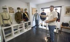 Un viaje por medio siglo de historia militar en Málaga