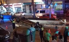 Cuadruplica la tasa de alcohol tras un aparatoso accidente con su hijo menor en el coche en Carretera de Cádiz