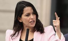 Arrimadas pide por carta a Sánchez y Casado que impulsen pactos de Estado