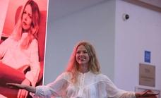 Christina Rosenvinge en el Aula de Cultura de SUR: «Si tengo que resumir lo que he hecho en esta vida ha sido romper clichés»