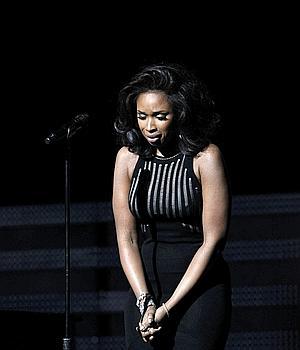 Los premios Grammy 2012 se rinden ante Adele