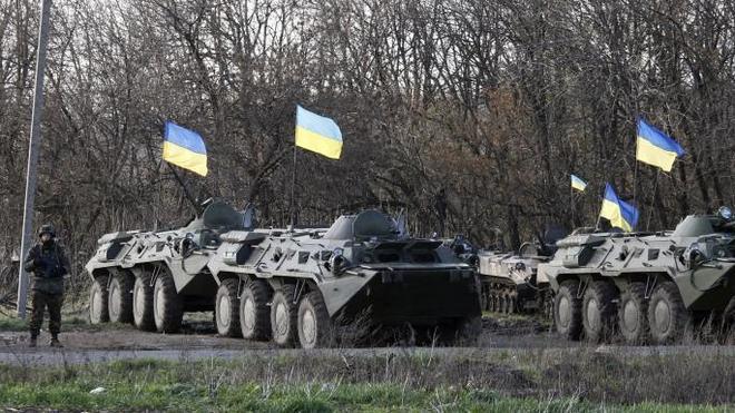 Varios muertos tras una 'operación especial' en un aeródromo al este de Ucrania