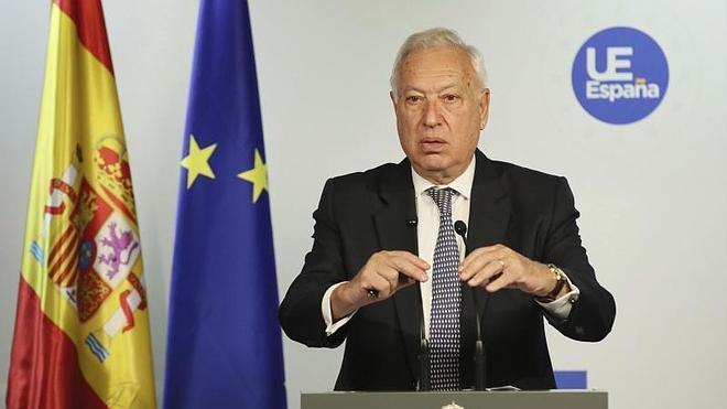 Margallo ofrece a Londres diálogo para aplicar la legalidad internacional en Gibraltar
