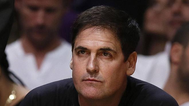 Cuban: «El COI está jugando con la NBA»