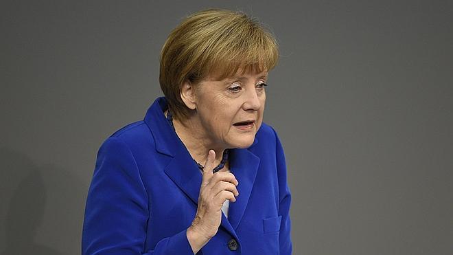 """Merkel insiste en que """"todos"""" los países deben cumplir el Pacto de Estabilidad"""