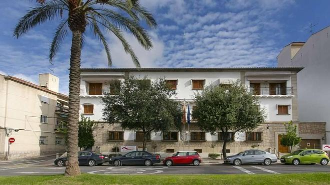 Monago venderá la residencia oficial de los presidentes extremeños