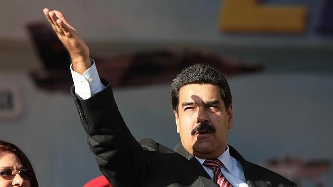 Maduro recortará el presupuesto de Venezuela por la caída del petróleo