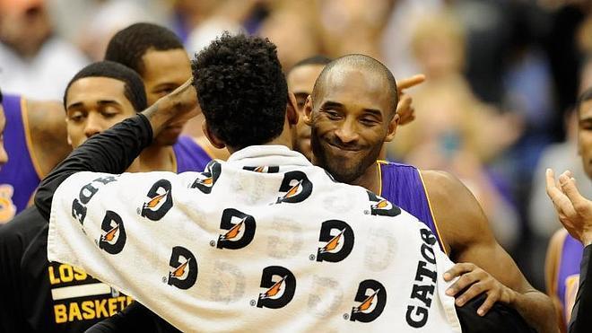 Kobe Bryant supera a Michael Jordan y amplía su leyenda
