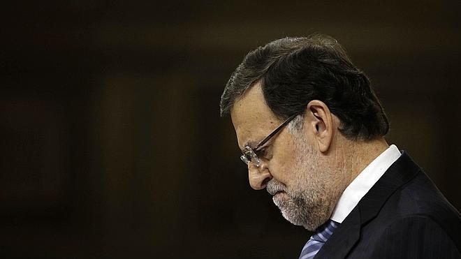 Rajoy despide un 2014 en el que la corrupción ha «destrozado» al PP