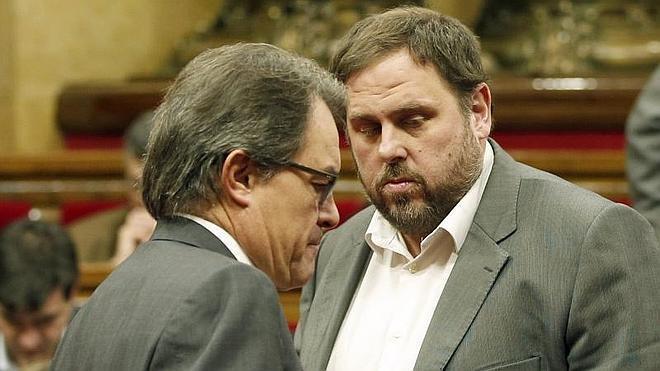 ERC y CiU vuelven a rechazar la comparecencia de Mas en la comisión sobre Pujol