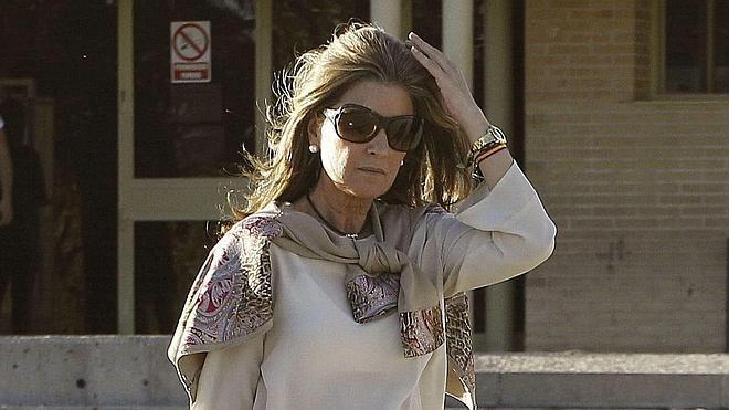 Rosalía Iglesias: «Quiero veros con una soga al cuello a todos los funcionarios»