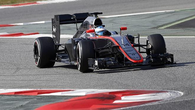 Fernando Alonso, por fin, rueda a gusto