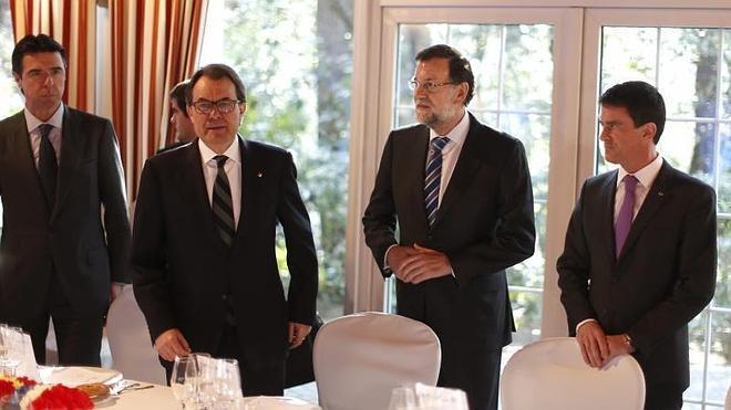 Rajoy apela a la unidad antes de coincidir con Mas, que carga contra los «agresores» de Cataluña