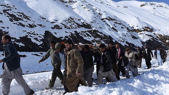 Más de 240 muertos en el peor temporal de nieve en Afganistán