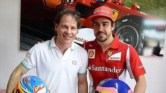 Villeneuve cree que «Alonso tiene complejo de Dios»