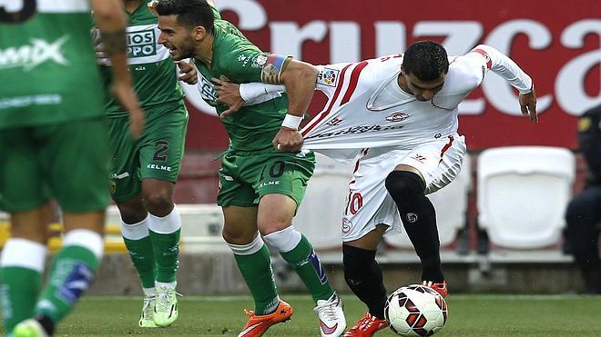 El Sevilla no tiene piedad del Elche