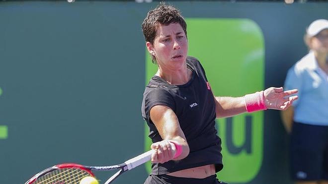 Carla Suárez se estrena en cuartos tras un completo partido ante Radwanska