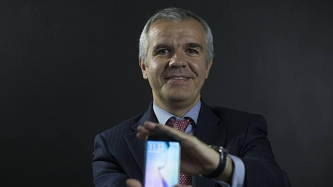 «En la industria del móvil para un líder no hay rival pequeño»