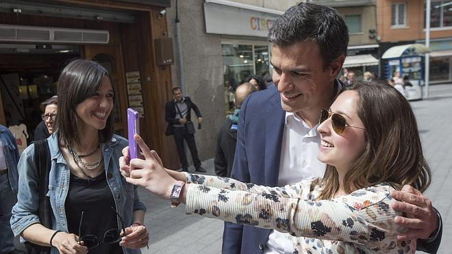 Pedro Sánchez se compromete a trasladar a Barcelona «instituciones de España»