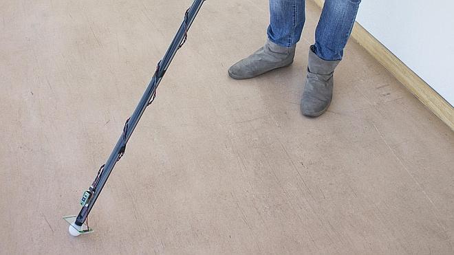 Un bastón para 'ver' en casa