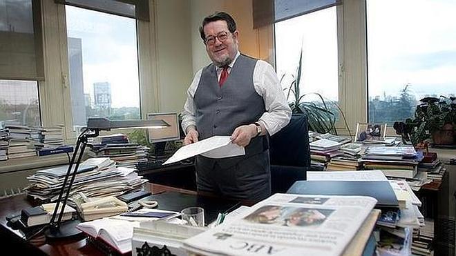 Fallece el escritor y periodista Santiago Castelo