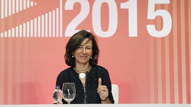 Ana Botín: «Nuestras universidades deben aspirar a mejorar en los rankings internacionales»