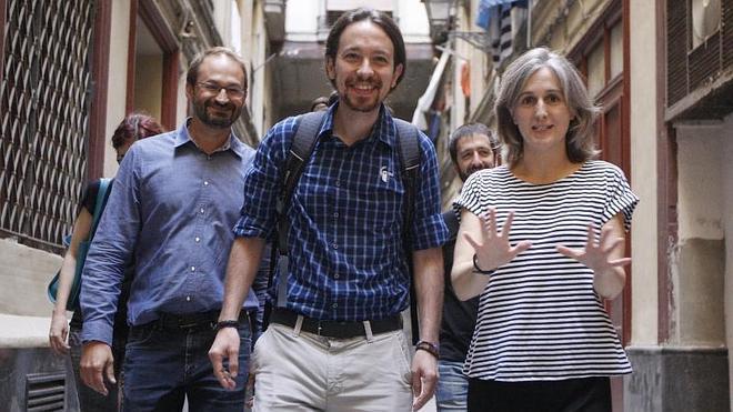 Podemos e Iniciativa acarician el acuerdo para ir juntos en las catalanas y en las generales