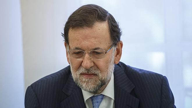 Rajoy considera una «burla» a los navarros que la ikurriña ondee en el Ayuntamiento de Pamplona