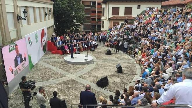 El PNV jura fidelidad al pueblo vasco y aspira a una nación sin «imposiciones»