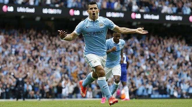 Agüero lidera la goleada al Chelsea