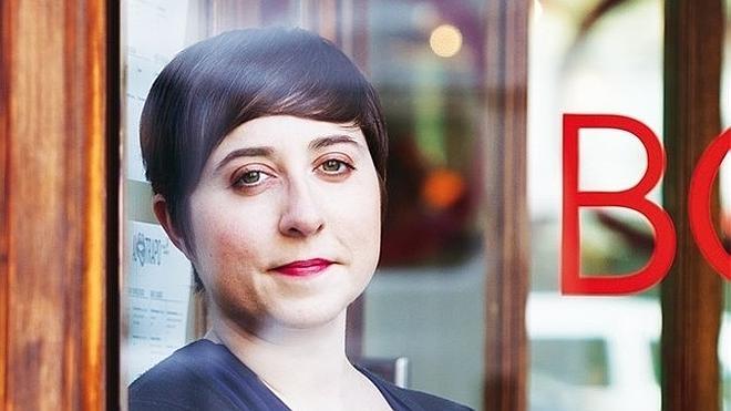 Elena Medel «Soy poeta, no modelo: ¿por qué se meten con mi físico?»