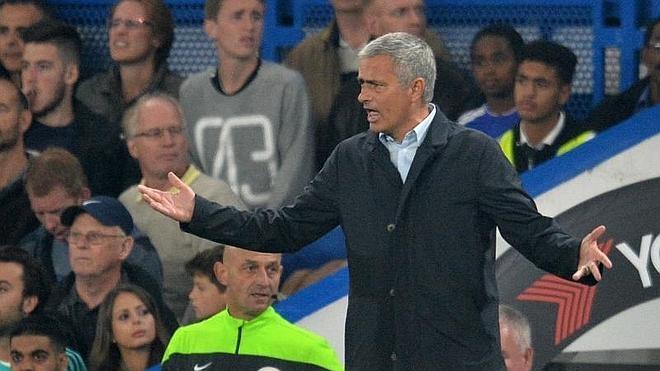 Mourinho toca fondo pero desafía