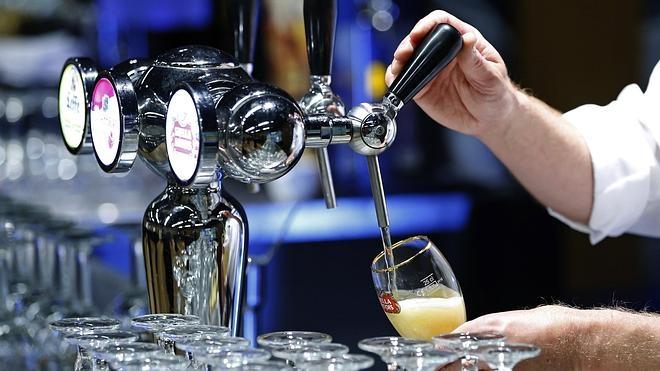 Las dos mayores cerveceras del mundo pactan su fusión