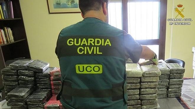 Un arrepentido del alijo de 'Elcano' declara que unos 50 marineros traficaban con droga