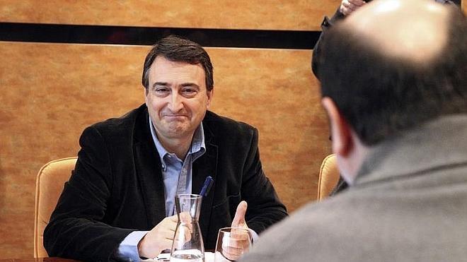 El PNV pide empezar «de cero» las negociaciones