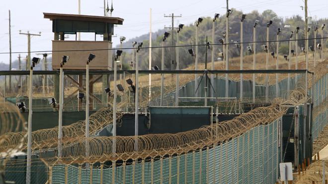 Estados Unidos traslada a Serbia a dos presos de Guantánamo