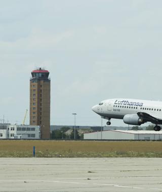 El aeropuerto de Estambul recupera progresivamente la normalidad