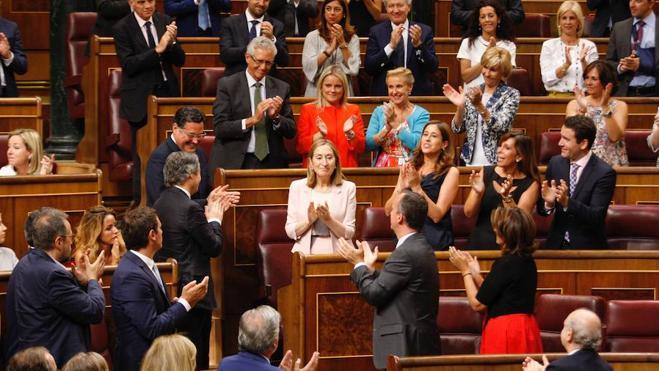 Ana Pastor se convierte en la segunda mujer que preside el Congreso