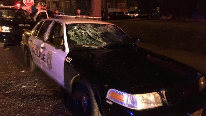 Disturbios en Milwaukee tras la muerte de un joven por los disparos de un policía