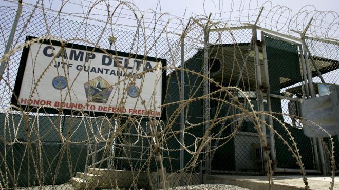 Estados Unidos traslada a Emiratos Árabes a quince presos de Guantánamo
