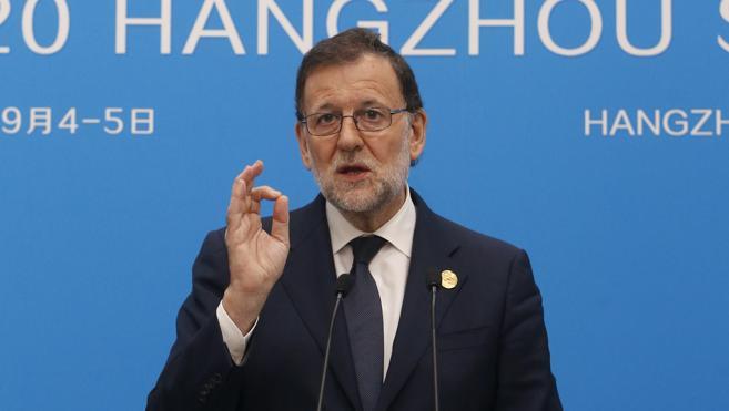 Rajoy condensa en una palabra su estrategia para formar Gobierno: «perseverar»