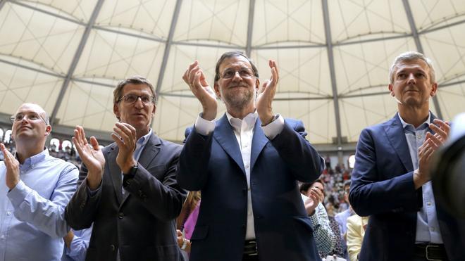 Rajoy acusa a Sánchez de hacer perder a España mucho más que el tiempo