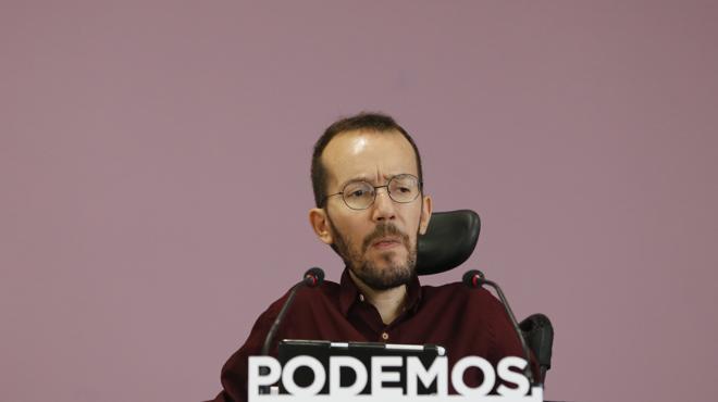 Podemos amenaza al PSOE con retirar su apoyo en las autonomías si se abstiene frente a Rajoy