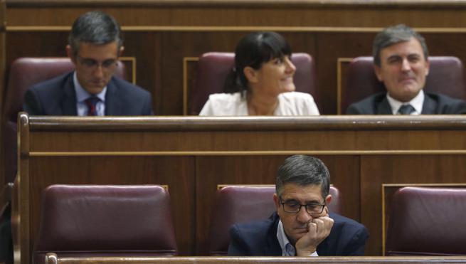 Sánchez, relegado a la cuarta fila del Congreso
